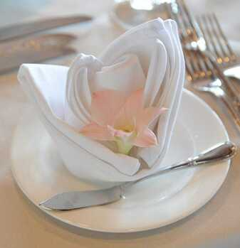 5th Wedding Anniversary Traditional, Modern, Gem Stone, and Flower Gift List: napkin flower